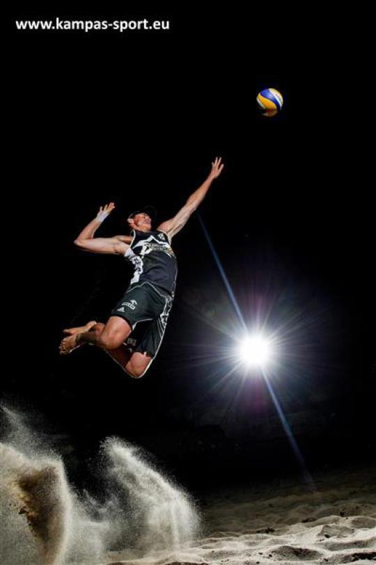 Jakub Szalankiewicz - Night Session - FIVB Beach Volleyball World Championschips 2013
